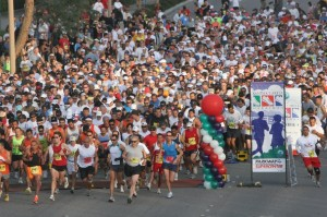 Thousands of runners will hit the streets of Santa Clarita once again in November