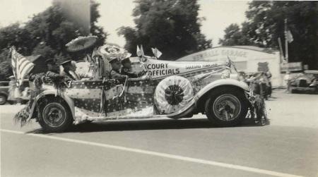 1928 parade car