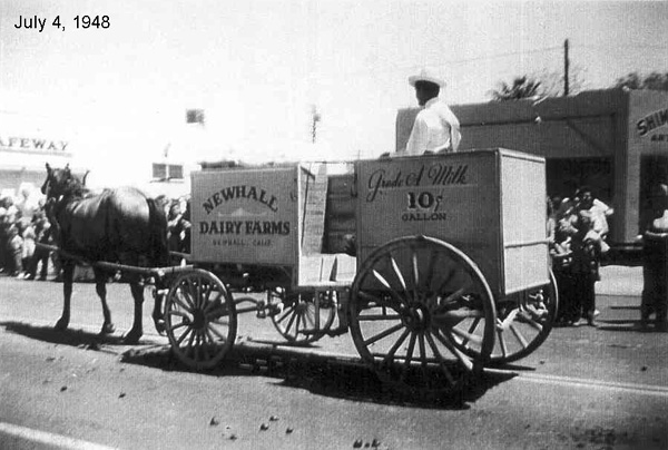 1948 Independence Day Parade, Newhall Dairy Farms entrant