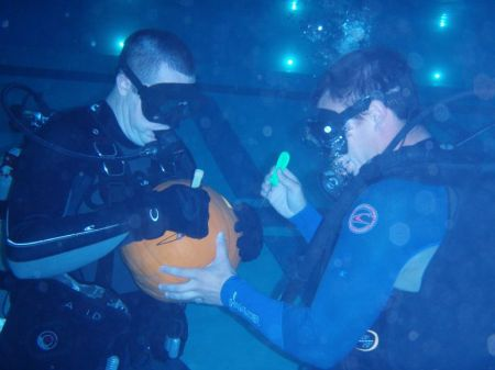 What fun would SCUBA be without pumpkin carving?