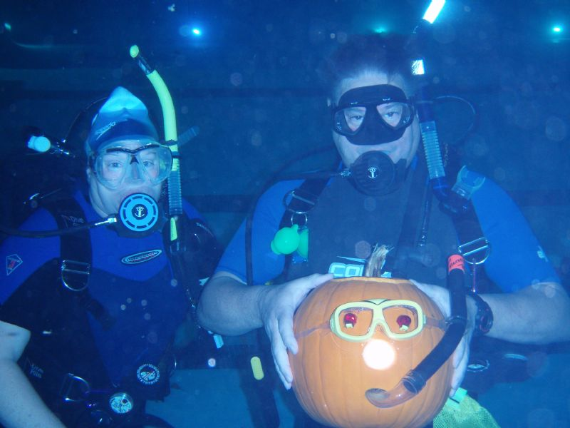 Underwater Pumpkin Carving is a hit at the Aquatic Center