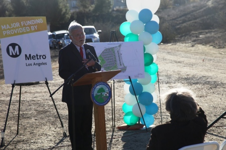 Metro CEO Art Leahy talks about the project.