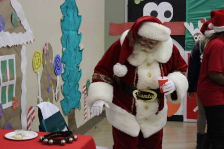 MIlk and Cookies with Santa 2014 3