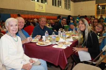 Newhall Community Center Thanksgiving 2014 4