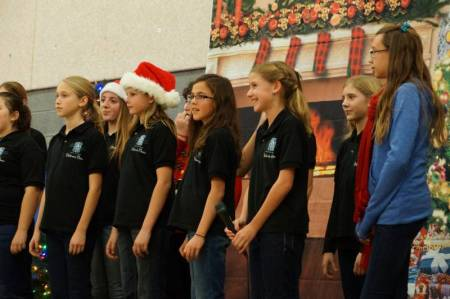 Newhall Community center Caroling 2014 3
