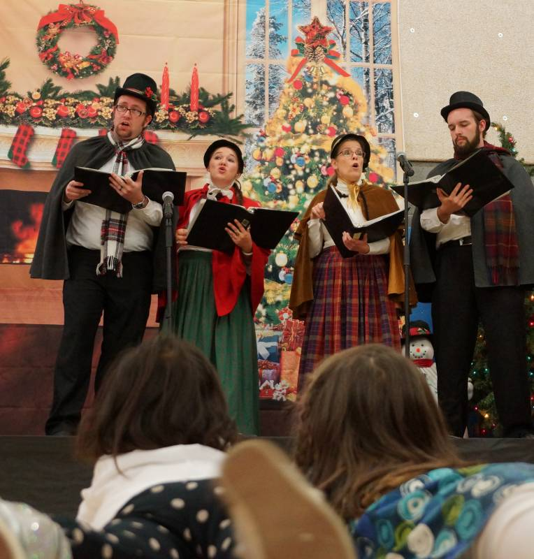 Newhall Community center Caroling 2014 4