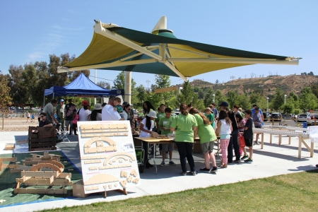 2015 Earth Arbor Day Festival5