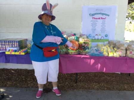 2015 Eggstravaganza Volunteers 7