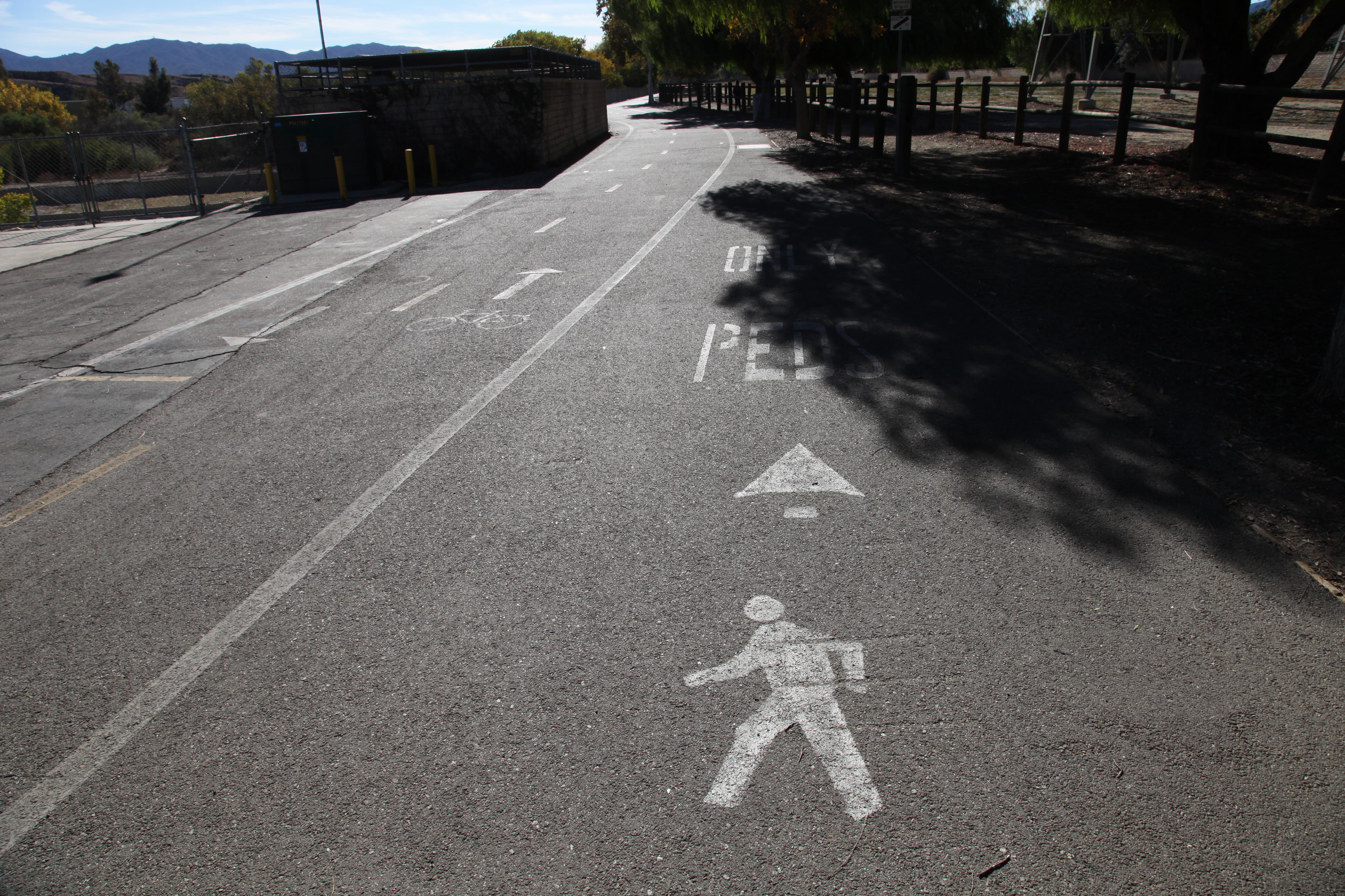 Bike Trail Signs (2).JPG